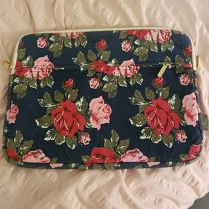 Floral lined laptop case